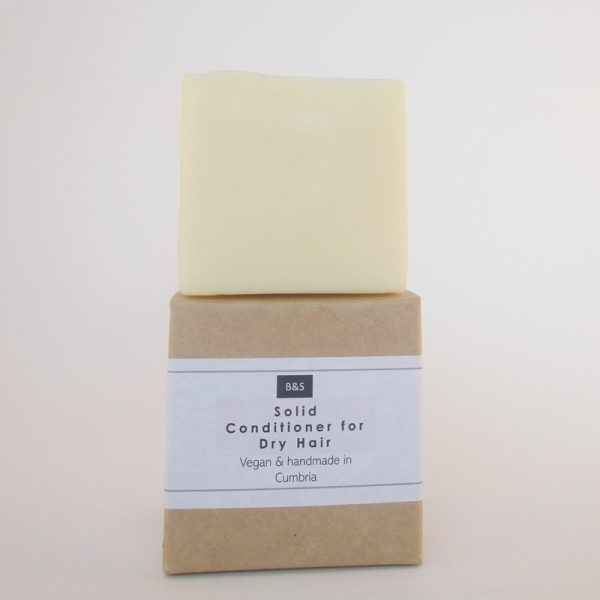 Natural plastic free solid conditioner bar by Bain and Savon for Dry Hair