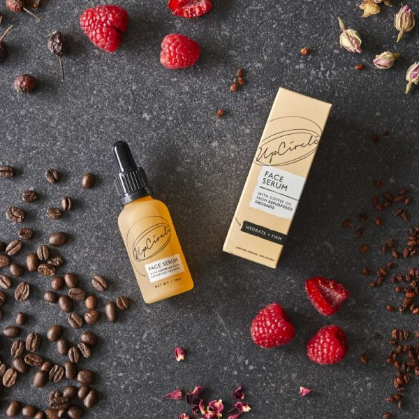 hydrating face serum bottle and box
